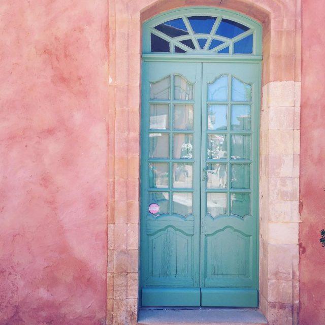 Porticine color Tiffany e muri color zucchero filato Io rimangohellip