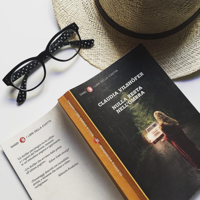 Domeniche in terrazza  lifewelltravelled bookslover currentlyreading